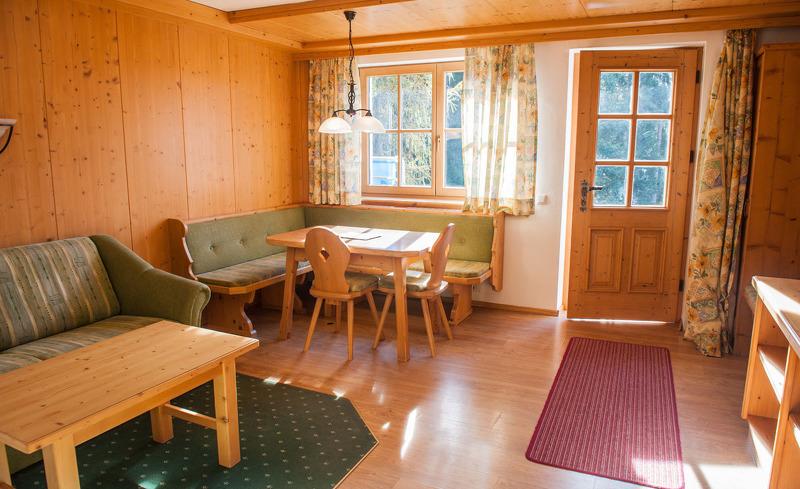 Die Ast'n Hütten bietet in den Chalets viel Komfort und Gemütlichkeit
