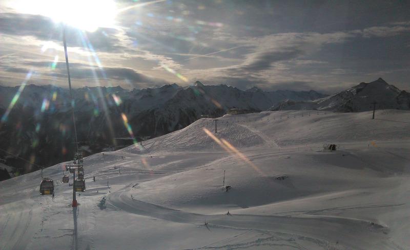 Winterlicher Hochgenuss auf den Skipisten der Zillertal Arena