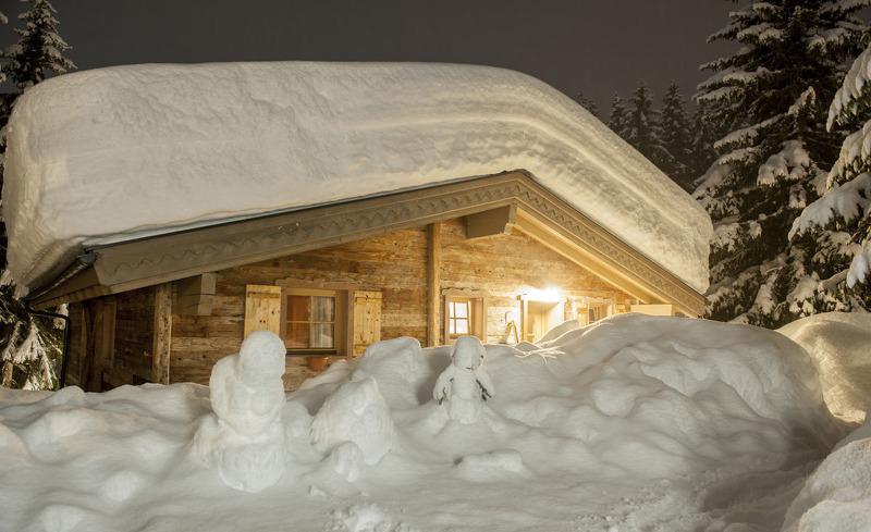 Winterzauber in den urigen Chalets der Ast'n Hütten in Königsleiten