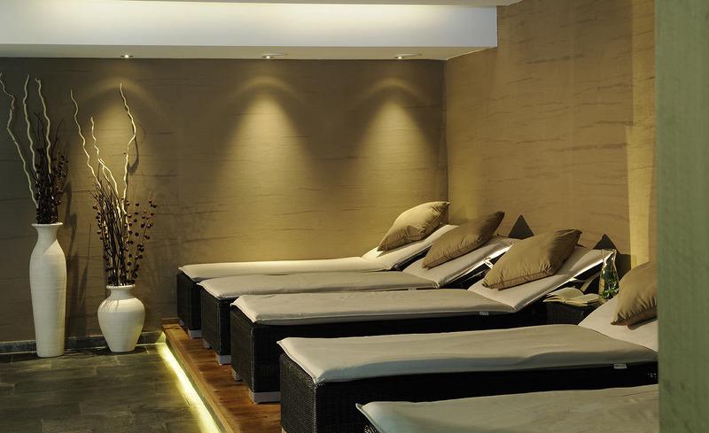 Erholung und Luxus finden Sie in der hoteleigenen Vital-Oase des Hotels Verwall- Urlaub im Tiroler Land, Silvretta-Ischgl Arena