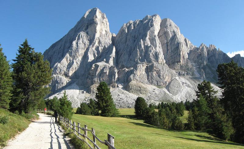 Sommer in den Dolomiten- die Sonne Italiens genießen