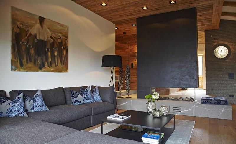 Der offene Wohnbereich im Chalet F bietet Platz für die ganze Familie