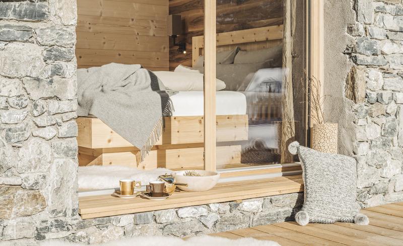 Traumhafte Chalets gefertigt aus Naturmaterialien- Ihre privaten Unterkünfte in Tirol