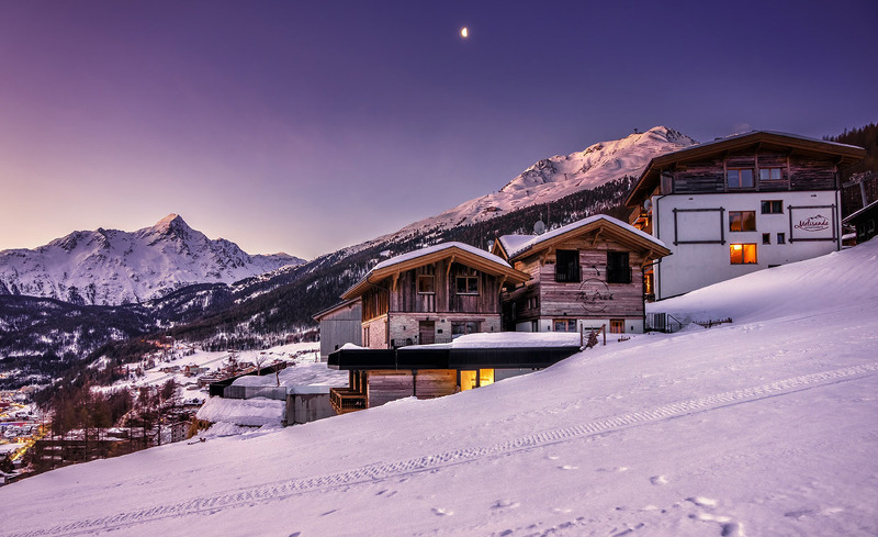 winter-peak-chalets-2