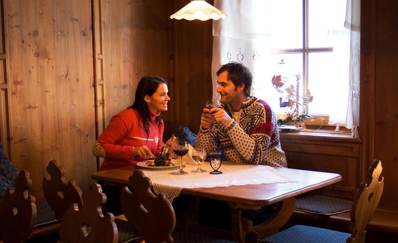 Winterurlaub in Ladis, Tirol- Skihotel Alpina Deluxe