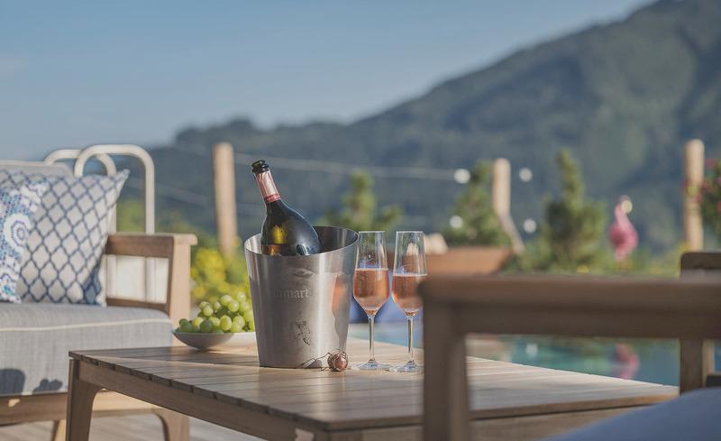 senhoog-gipfelkreuzliebe-champagner-pool