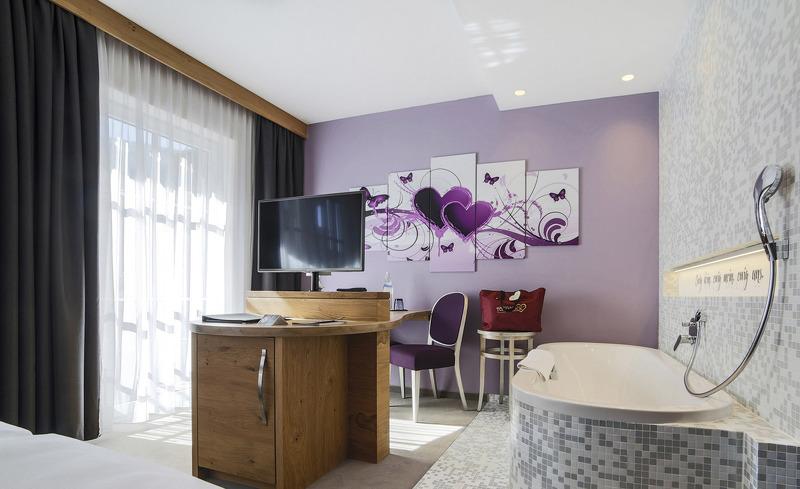 toalstock-herzblatt-suite