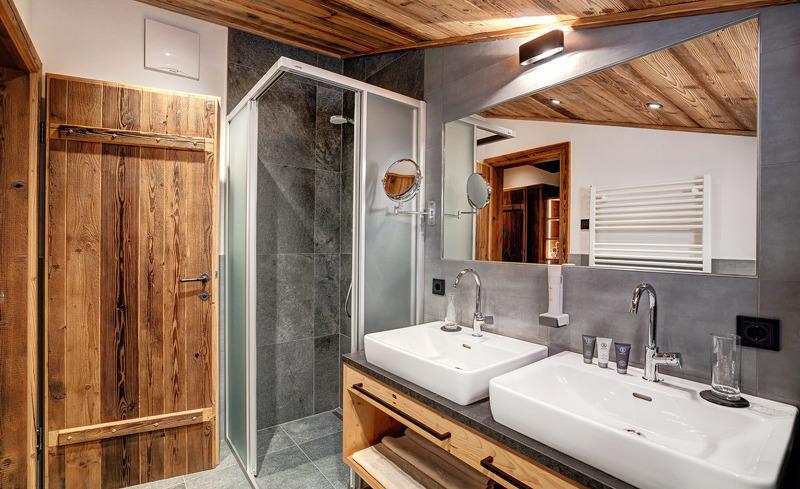 Ein Badezimmer zum Wohlfühlen - im Highking Chalet Grünegg in Dienten am Hochkönig