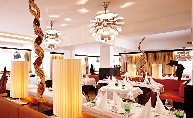 Exklusives Design im Restaurant des Alpen-Karawanserai in Saalbach-Hinterglemm