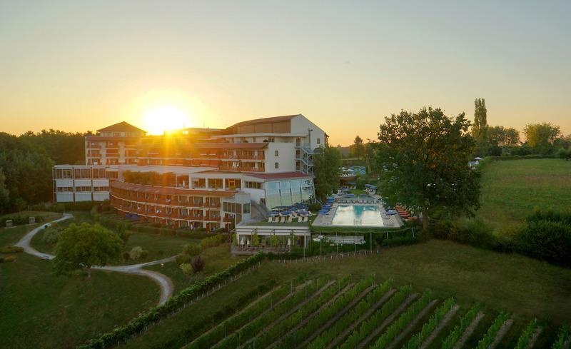 Hotel der Steirerhof von oben- © Hotel & Spa Der Steirerhof Bad Waltersdorf