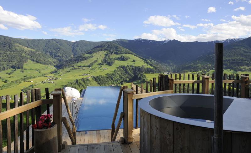 Einen exklusiven Chaleturlaub erleben Sie im Bergdorf Priesteregg in Leogang, Salzburg