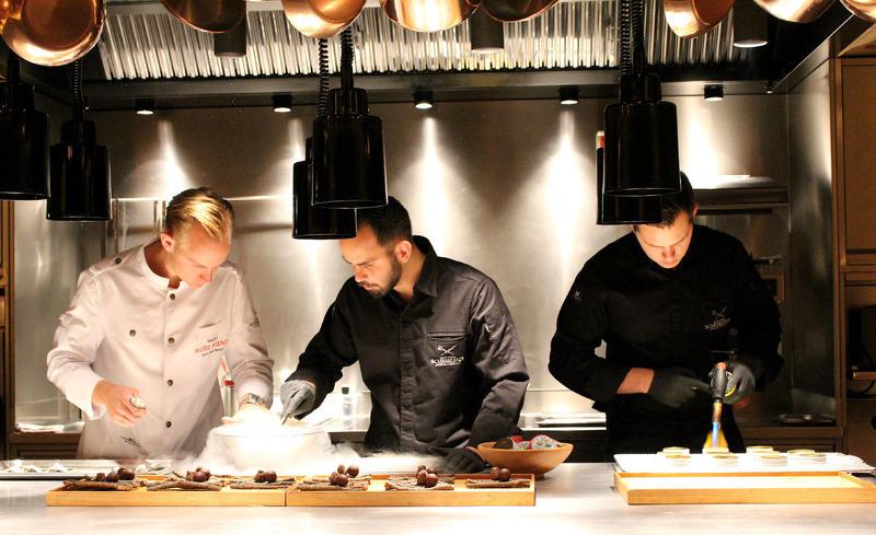 Das Küchenteam des Hotels Rote Wand zaubert kulinarische Hochgenüsse
