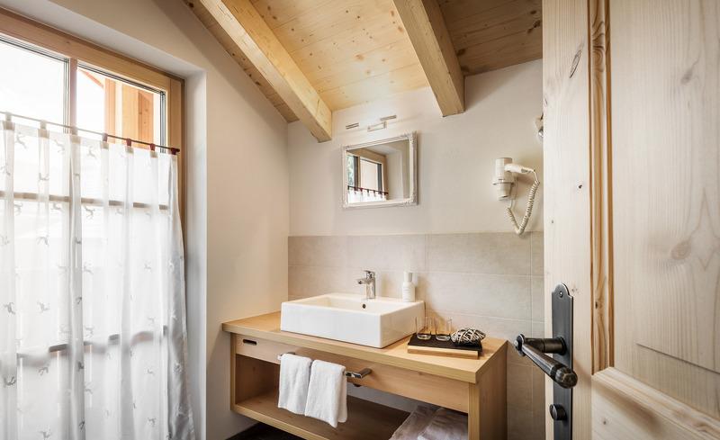 Stilvoll eingerichtete Badezimmer