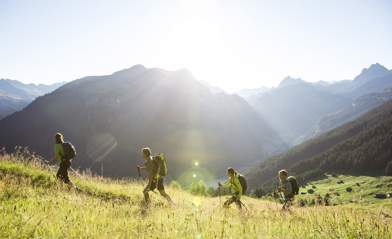Wandern in den Tiroler Bergen- Ihr Aktivurlaub im Hotel Verwall
