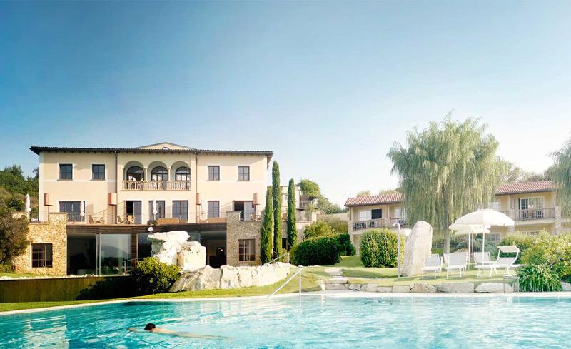 Außenansicht des ADLER MED Resorts in Italien