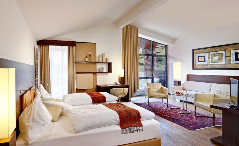 Modernes Interior in den Zimmern des Time Design Hotels Alpen-Karawanserai