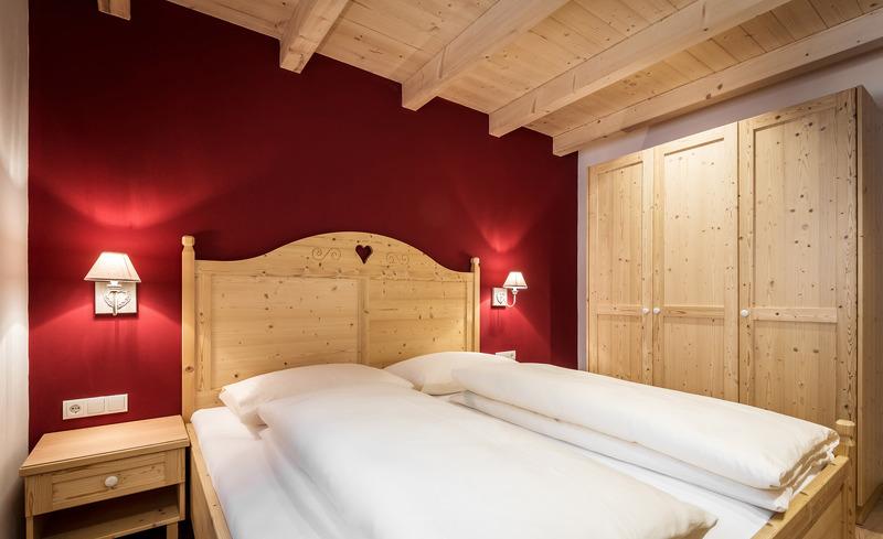 Urig modernes Schlafzimmer in Ihrem Chalet in Südtirol
