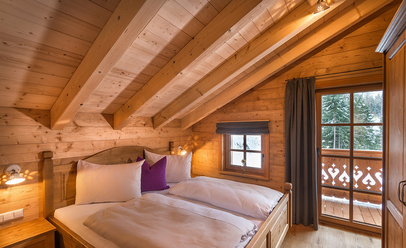Schlafzimmer Chalets Prenner Alm - Wandern in der Steiermark
