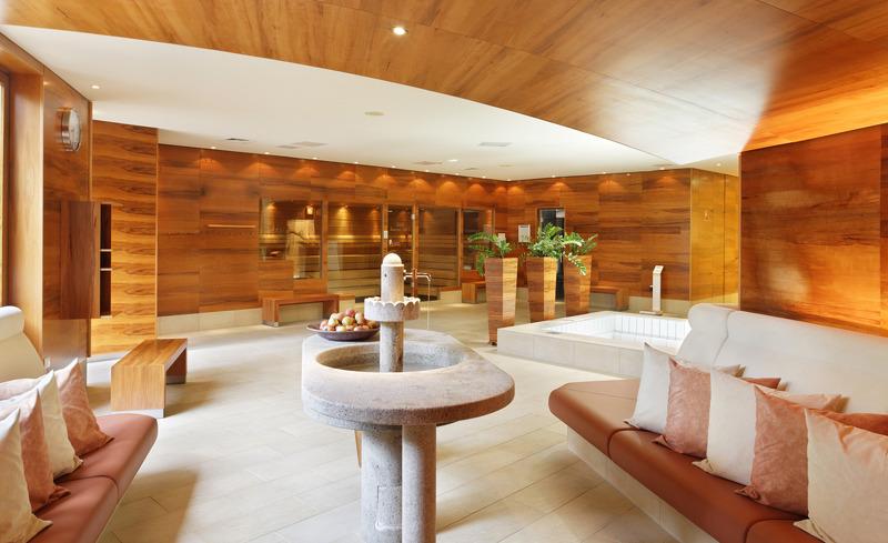 Saunalandschaft im Hotel Der Steirerhof- © Hotel & Spa Der Steirerhof Bad Waltersdorf