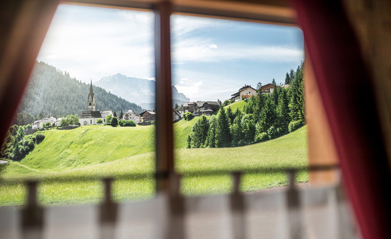 Verbringen Sie einen exklusiven Chaleturlaub im Gadertal in Südtirol