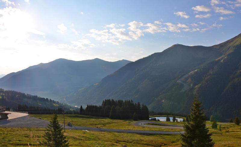Den wundervollen Ausblick im Panorama-Chalet Wallegg Lodge in Hinterglemm in Salzburg genießen