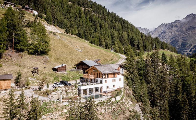 leni-mountain-chalet-4