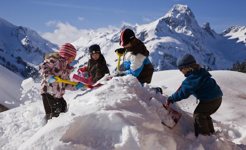 Winterurlaub am Arlberg für Kinder und Erwachsene - Aadla Walser Chalets