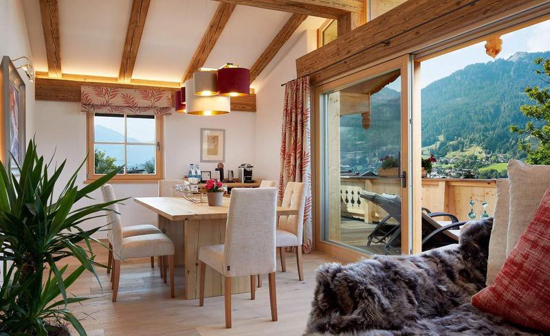 Urlaub im Chalet in der Ferienregion Kitzbühel in den Tiroler Alpen