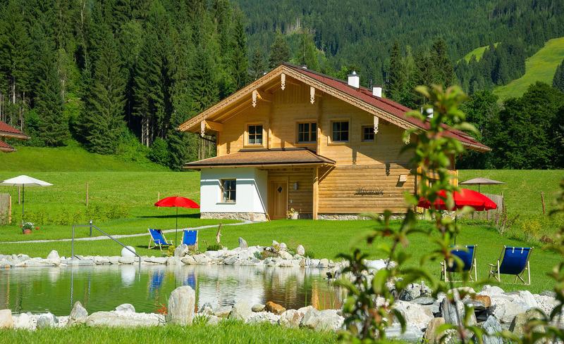 Moderner Hüttenurlaub im Sommer im Chalet Lehenriedl