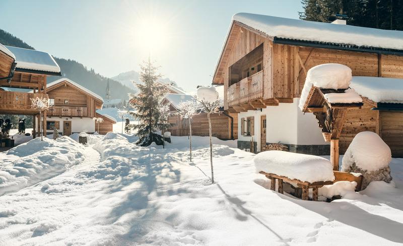 Winterurlaub Deluxe im Chaletdorf Pradel Dolomites