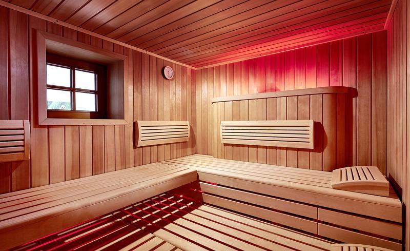 Wellness im Chalet mit finnischer Sauna