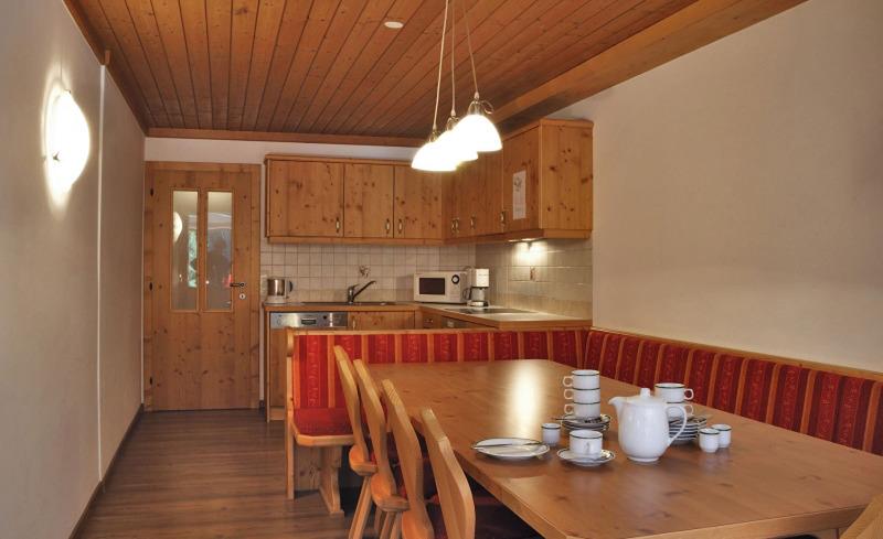 Gemütliche Küchenstube in der Ast'n Hütten in Königsleiten
