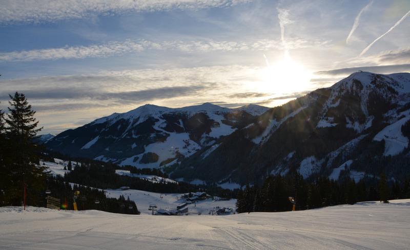 Skiurlaub direkt an der Piste im Chalet in Saalbach Hinterglemm in Salzburg in der Wallegg-Lodge