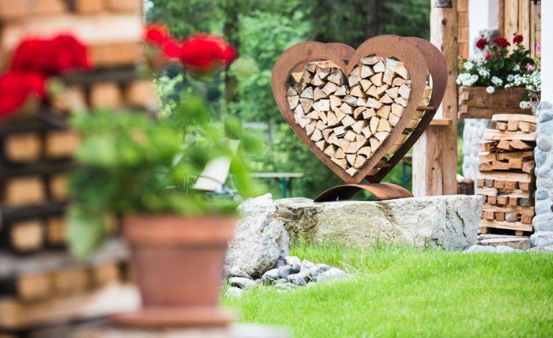 Romantische Atmosphäre rund um die Almhütten Moll im Tannheimer Tal