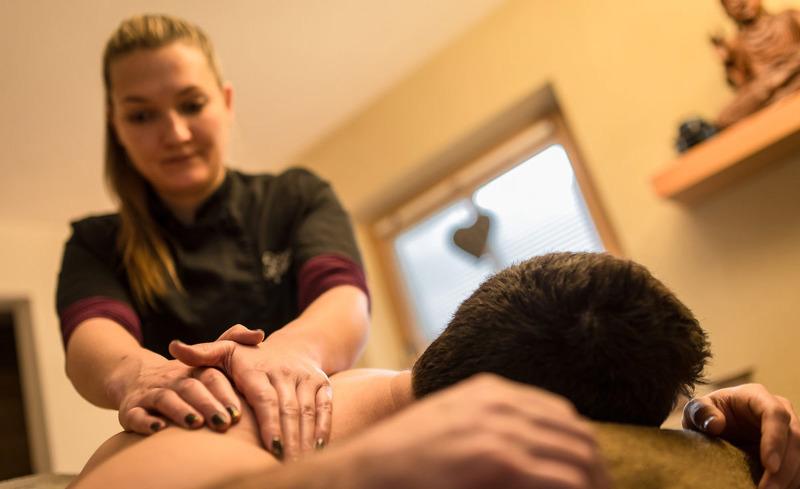 Nehmen Sie sich eine Auszeit und genießen Sie eine Massage- Pradel Dolomites, St. Martin in Thurn