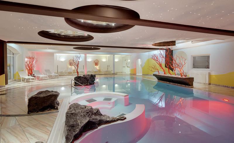 Modernes Design erwartet Sie in der hoteleigenen Wellnessoase- Hotel Almesberger