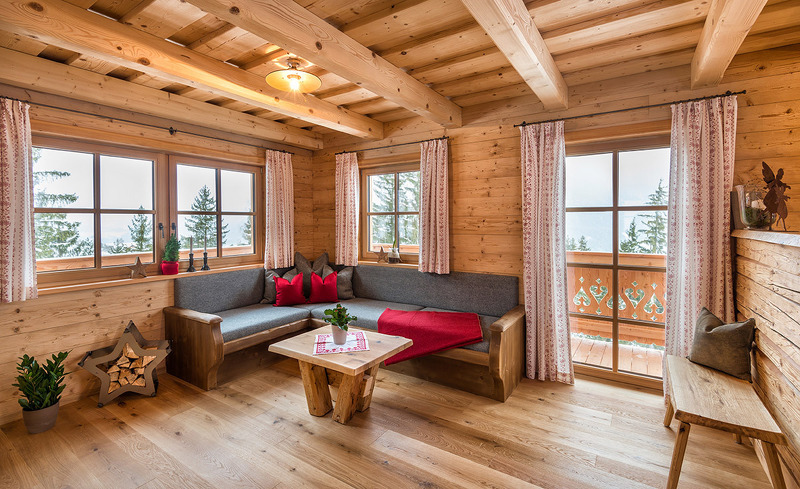 Urige Einrichtung der Chalets & Hütten - Prenner Alm Wohnzimmer