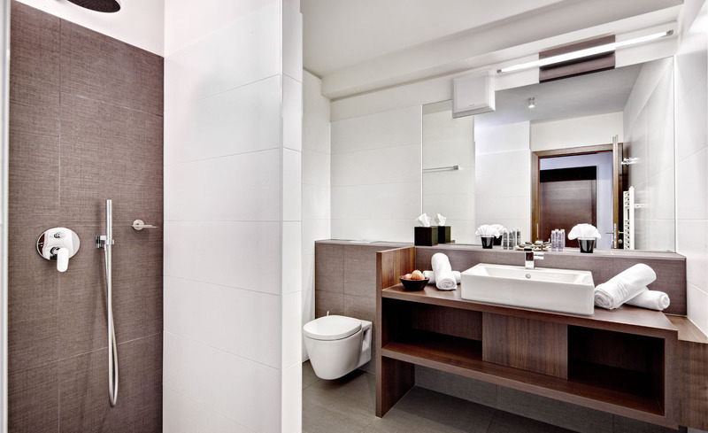 Stilvoll eingerichtete und designvolle Badezimmer im Hotel Alpen-Karawanserai