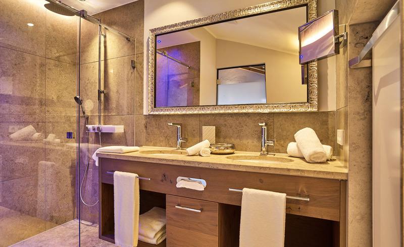Die Chalets bestechen durch Ihre exklusives Interieur- Luxus beim Rosserer Wirt