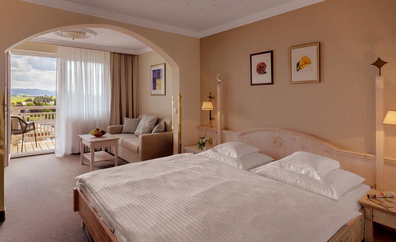 Die komfortablen Zimmer des Hotels bieten einen Ort der Ruhe und Erholung- Hotel Almesberger im Mühlviertel