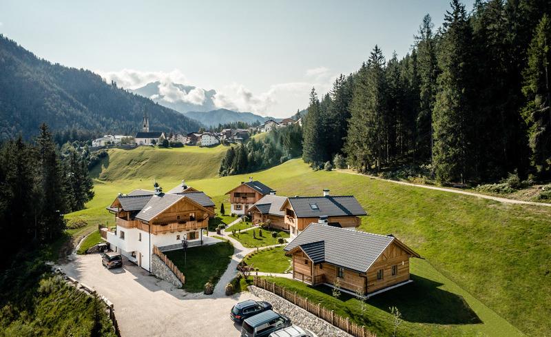 Die Obenansicht der Pradel Dolomites am Kronplatz