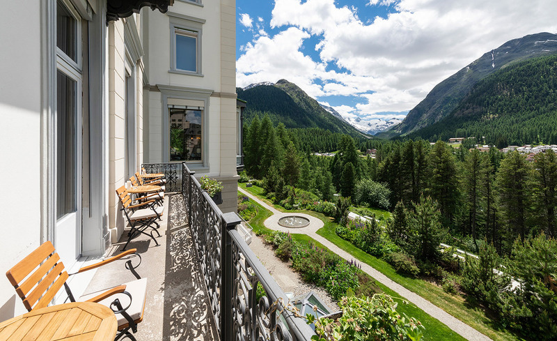 view-bar-hotel-kronenhof-1
