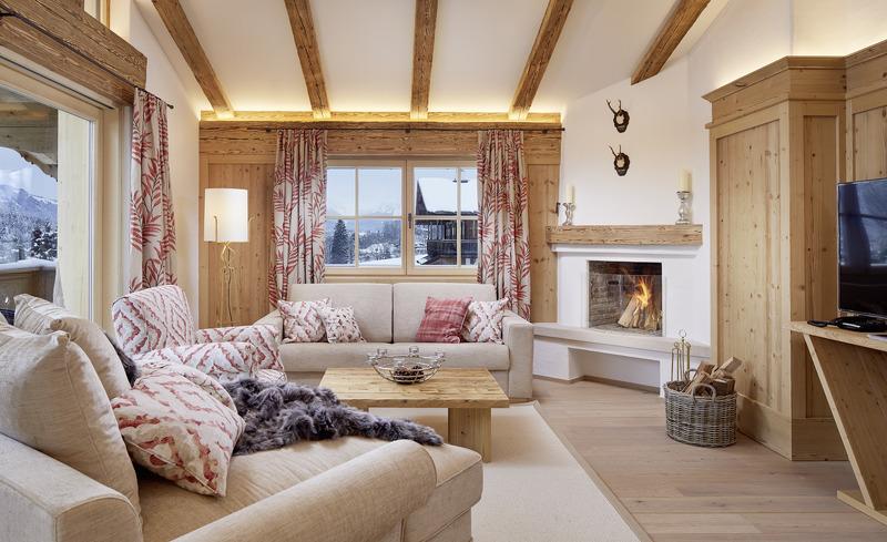 Der Wohnbereich im edlen modernen Design Chaleturlaub vom Feinsten in Tirol
