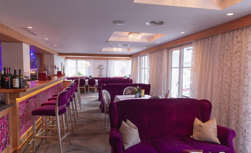 Bar und Lounge im Hotel