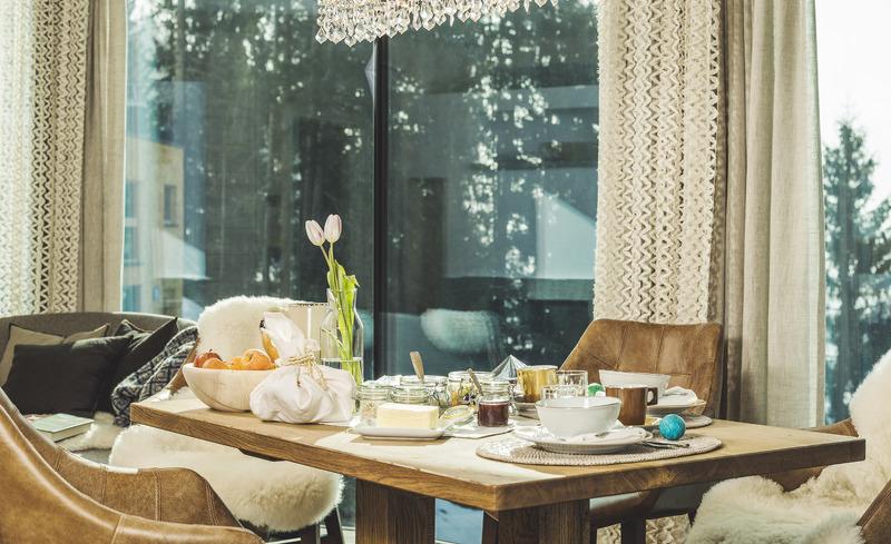 Genießen Sie Ihre Mahlzeiten in privater Atmosphäre in Ihrem Luxus Chalet in Tirol