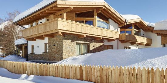 Winterurlaub und Skiurlaub in den Löwen Chalets direkt an der Piste in Seefeld
