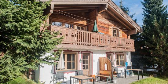 Verbringen Sie Ihren Sommeruralub in den traditionellen Astner Hütten in Königsleiten