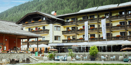 lacus-hotel-am-see