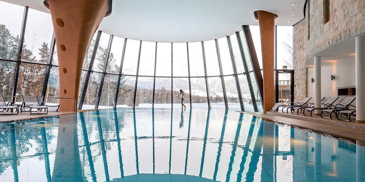 indoor-pool-winter
